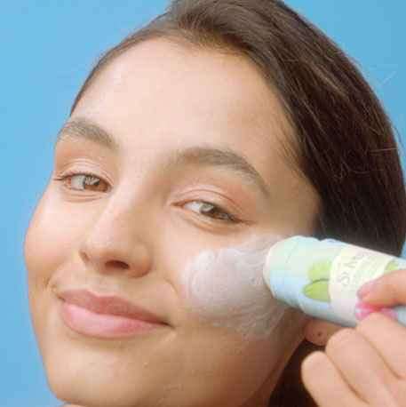 How to use a cleansing stick
